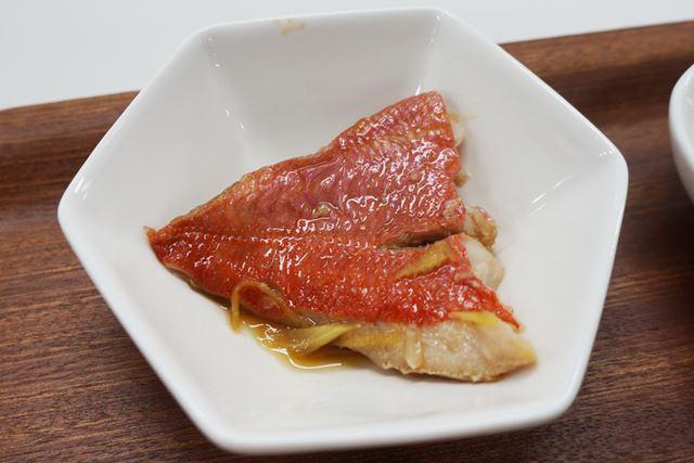 金目鯛の煮付けも、甘みを感じる上品な仕上がり。身もやわらかで、簡単にほぐれる