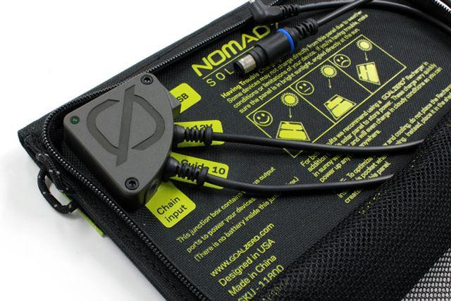 USBポートのほか、GOAL ZEROのモバイルバッテリーに対応する電源ポートを搭載する