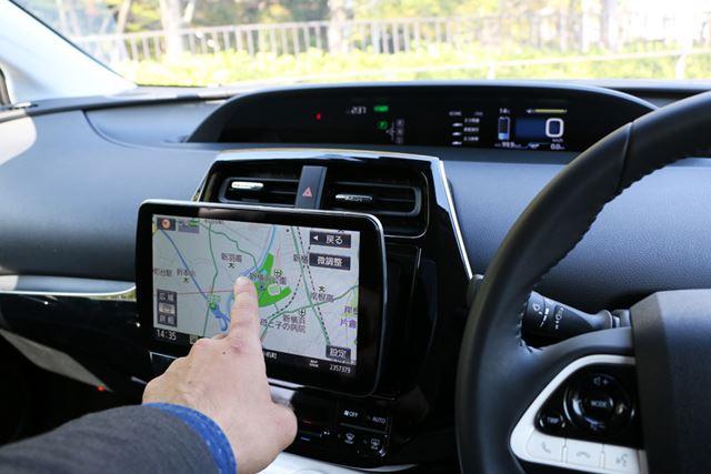 パッと見て判断できる視認性のよさや、すぐ対応できる操作性はドライブの安全性にもつながる