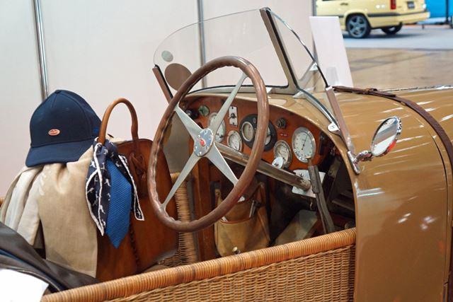 オリジナルのボディは失われているが、籐製のボディが架装されている