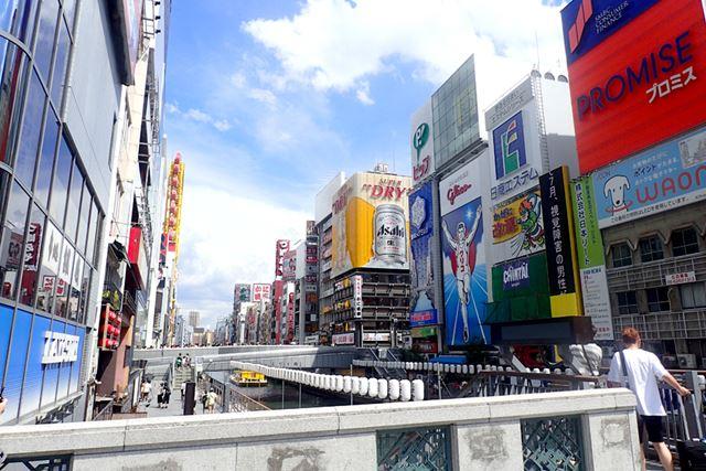 食いだおれの街、大阪ミナミ。右を見ても左を見ても、美味しそうなお店がいっぱい