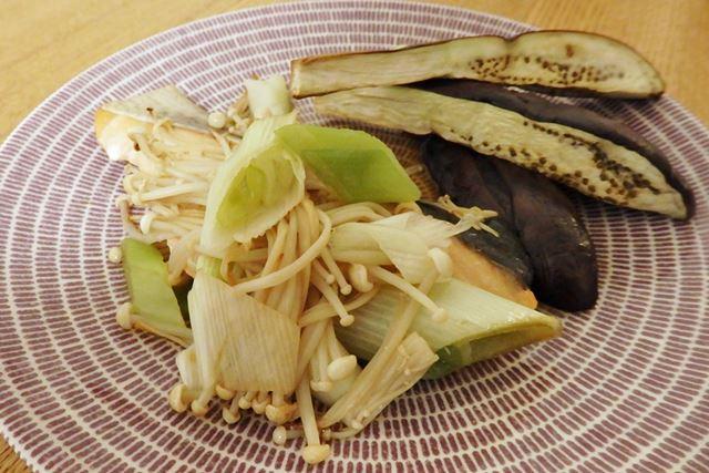 お手軽料理なのに、お皿に盛りつければ立派な一品に! 野菜がみずみずしくておいしい