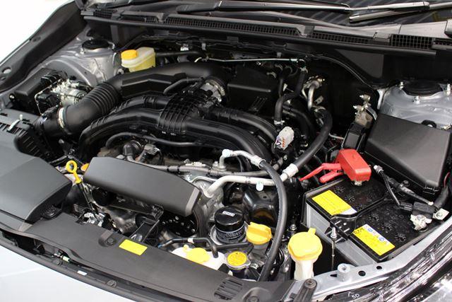 新開発の2リッター直噴エンジン。燃費や出力だけでなく、心地よい回転フィールにも配慮されている