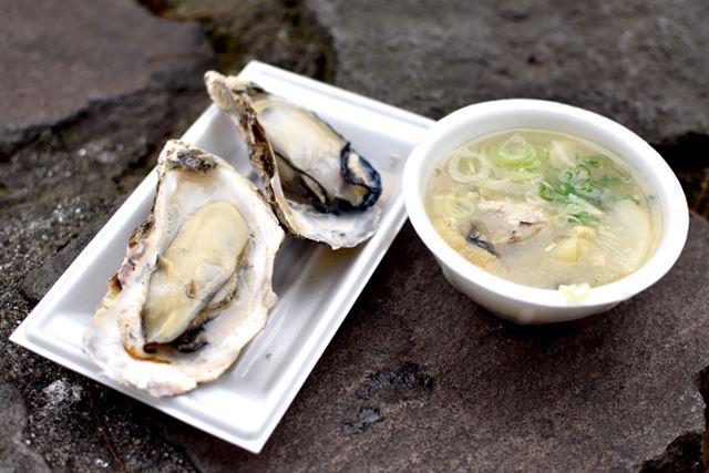 広島の名産と言えばカキ。殻付きカキや、カキ鍋なども絶品!