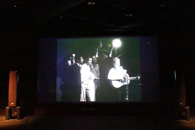 「風に吹かれて」は、60年代当時のテレビ番組で放映された際の収録内容を元に、音声をハイレゾ化している