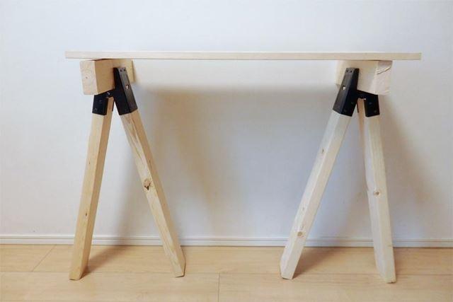 天板を載せればテーブルが完成!
