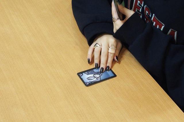 正しいのにウソだと答えたり、ウソを見破れなかった場合は、押し付けられたカードを自分の場に並べます