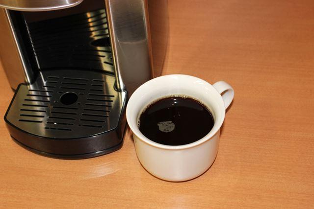 通常のカップ1杯分180mlのコーヒーを淹れるのにかかった時間は、1分20〜30秒ほどでした