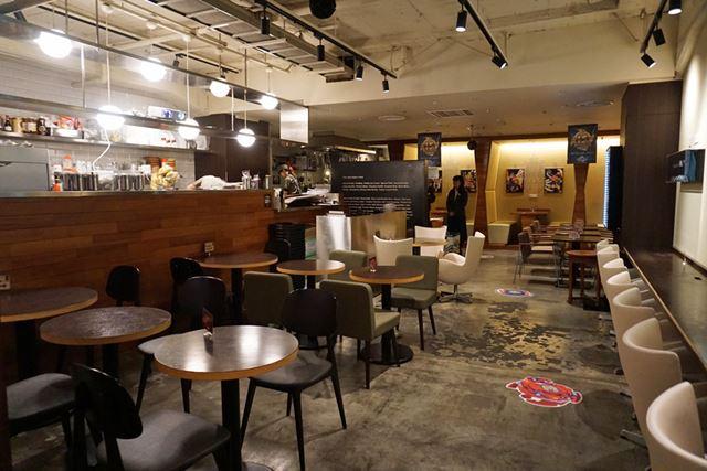 ベイブレードバーには50席が用意されており、30〜40人は一度に入店できるそうです