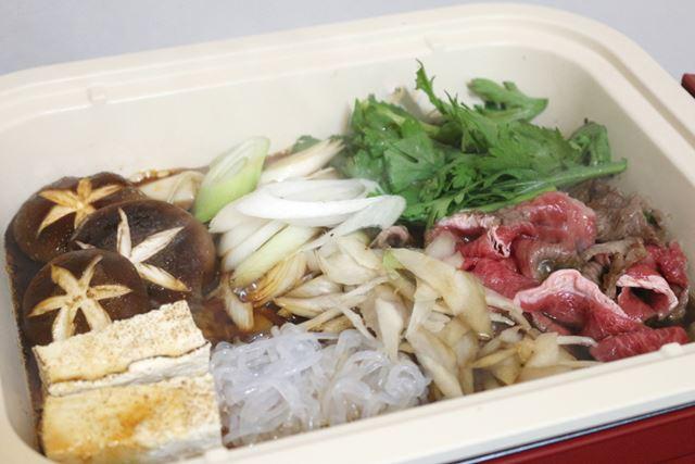 フカナベは深さと面積があるので、大人2人で食べても多いくらいの量を調理できます