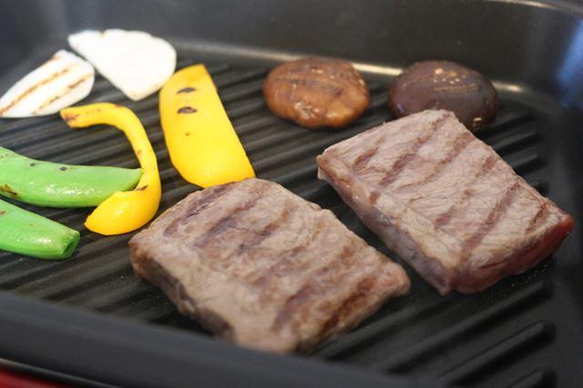 焼き色が食欲をそそります。やはり焼肉には焼き目が重要!