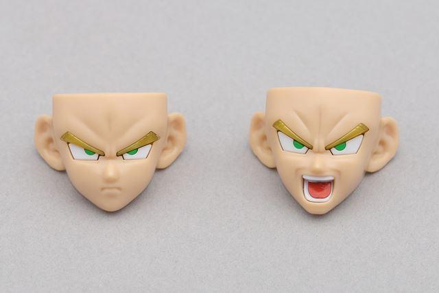 顔の表情パーツは2種類。口を閉じている状態と、叫んでいる状態が付属しています