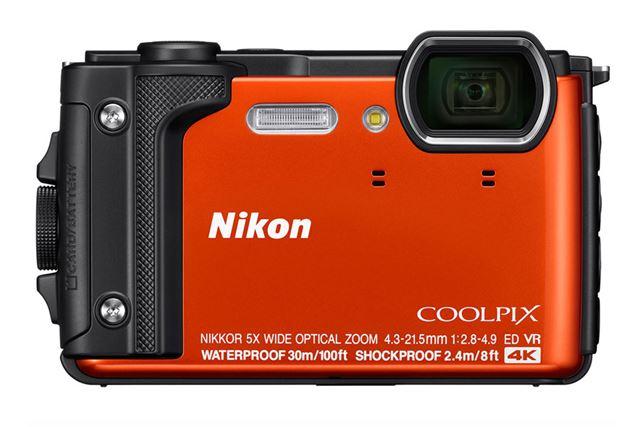 操作性にもこだわったニコンの防水コンデジ「COOLPIX W300」