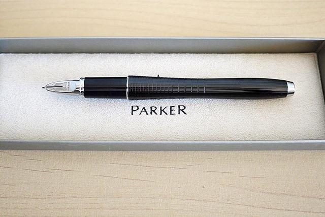 これで完成。高級感あふれるペンですね