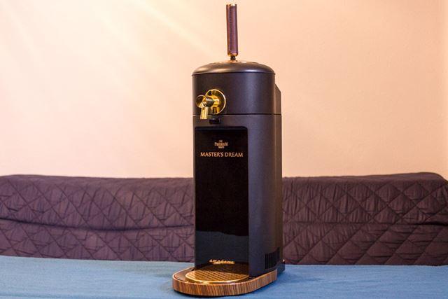 本体サイズは140(幅)×450(高さ)×240(奥行き) mm、本体重量は約1.7kg