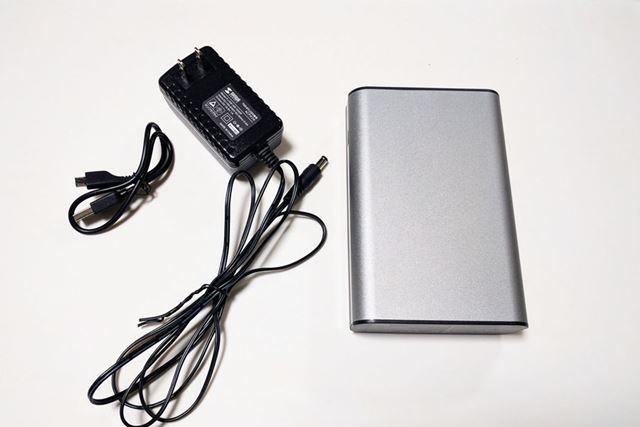 サンワサプライの大容量モバイルバッテリーです。品番は700-BTL025