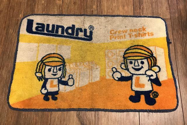 洗濯前。下足で頻繁に乗るため、かなり汚れています