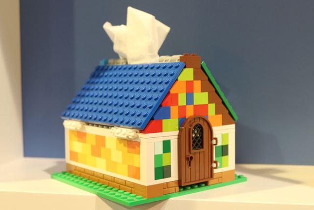 家型のティッシュケース。カラーの一部は自分で選べるので、仕上がりに個性を出せます