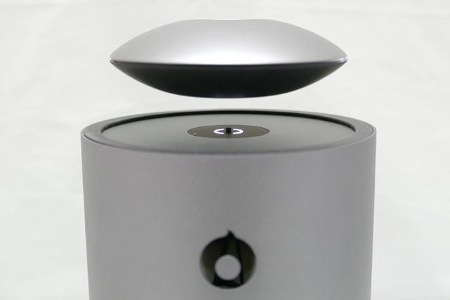 「Craft」と呼ばれる円盤の直径は約12cmの手の平サイズ。厚さは4cm