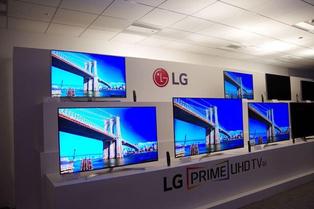 4K液晶テレビも全10モデルが新登場した。いずれもHDRに対応し、より奥行き感のある映像が得られるのが特徴