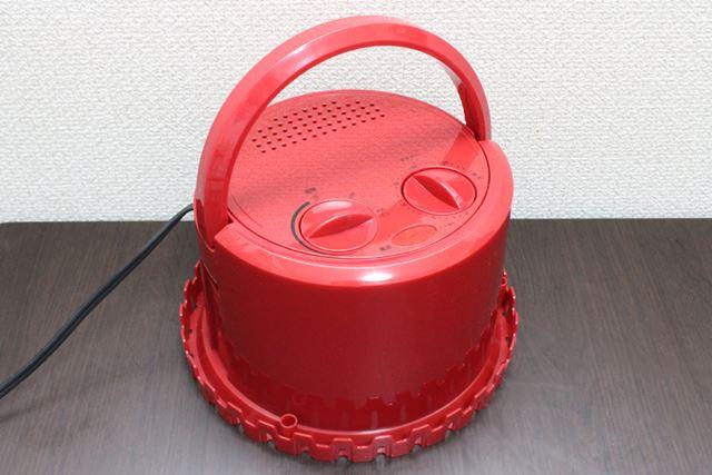 ちなみに、熱くなった本体部を置いておく台座も付属しているので、安全に使えます